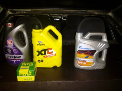 ваз 2112 какое масло заливать в двигатель