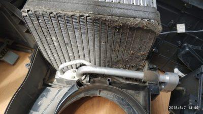 как поменять радиатор на приоре