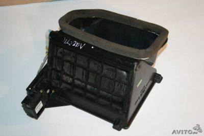 рено логан замена радиатора отопителя