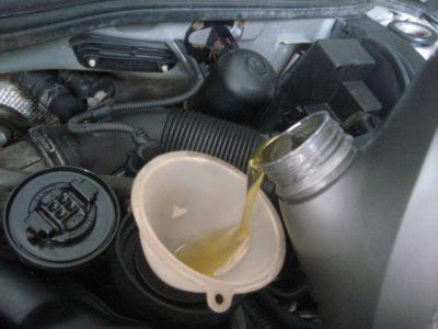 замена масла в двигателе рено