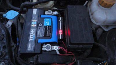 как зарядить аккумулятор на бмв х3