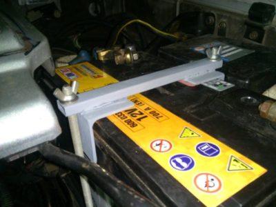 как зарядить аккумулятор не снимая с автомобиля