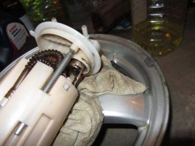 ваз 2114 замена топливного фильтра