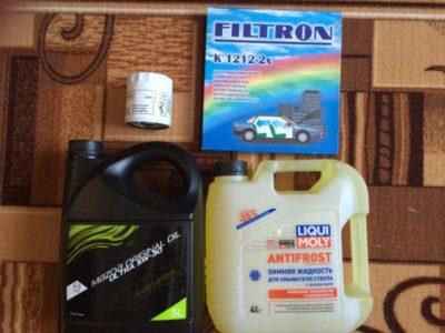 какое масло лить в мазду 3