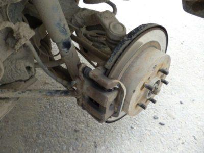 замена задних тормозных колодок ниссан х трейл